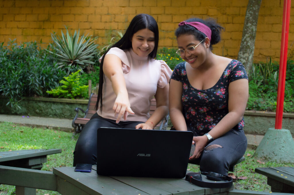 Re-conecta el aprendizaje, ¡únete a Mi Comunidad!